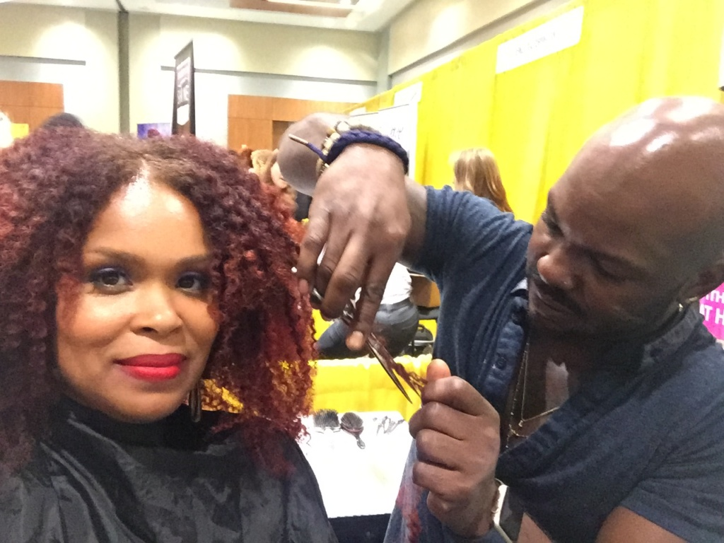 I visited the Smooth n Shine booth and got a hair cut from celebrity hair stylist Larry Jarah Sims